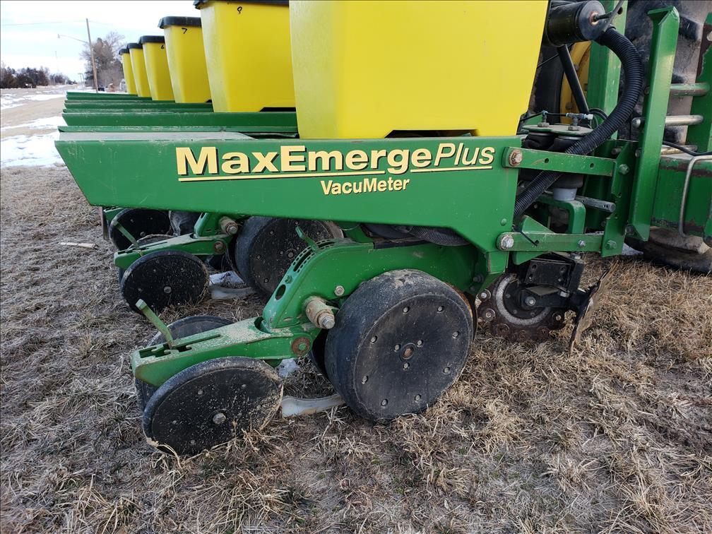 Randy DeJonge Estate Farm Equipment Auction - Adam Marshall