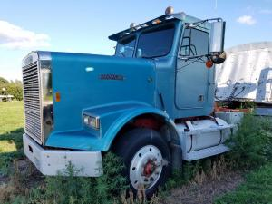 1988 Freightliner semi for sale