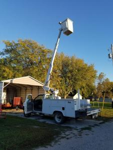 Altec bucket truck for sale, sells to highest bidder December 7th, 2017